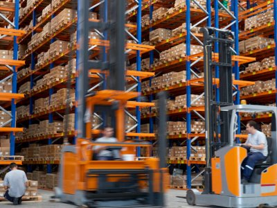 Today's modern warehouses are smart, automated and efficient.